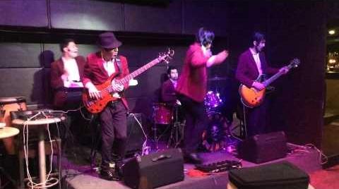 Hitanna - Uptown Funk (Live Cover)