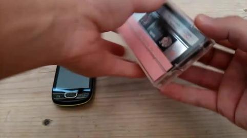 Idea para trípode de movil con cinta cassete, mi vídeo en la campaña #IdeasConPremio