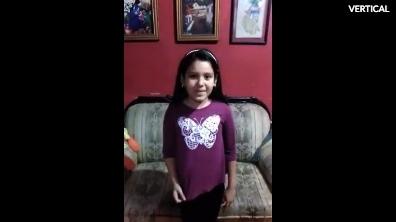 Hola soy Anna tengo 8 anos y mi sueno es ser cantante